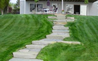 Lakeside Ledgerock Step System