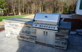 Outdoor Kitchens & Entertainment Spaces